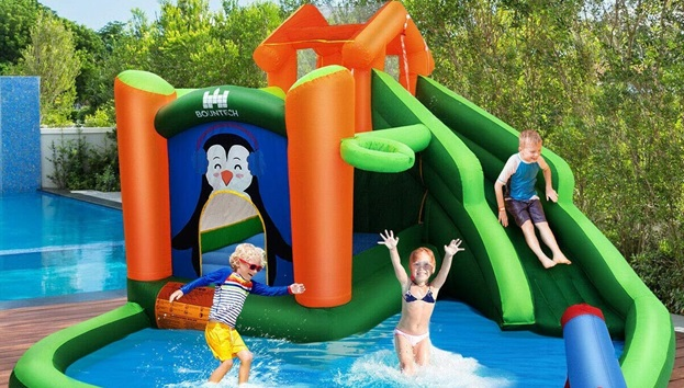 Kids Fun Time With Water Play Equipment