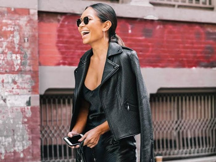 HOW TO WEAR A WOMEN LEATHER JACKET WITH STYLE: