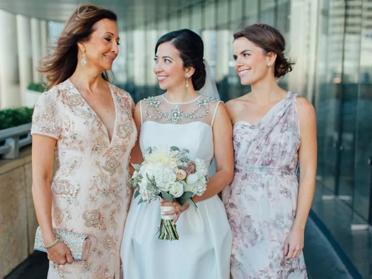 4 Smart Style Tips for Picking the Ideal Mother of the Bride Dresses